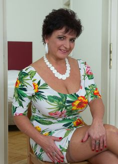 Sexy mature chubby women