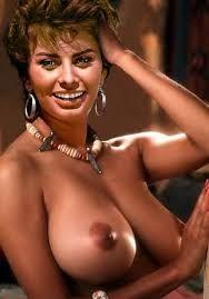 Did sophia loren ever pose nude