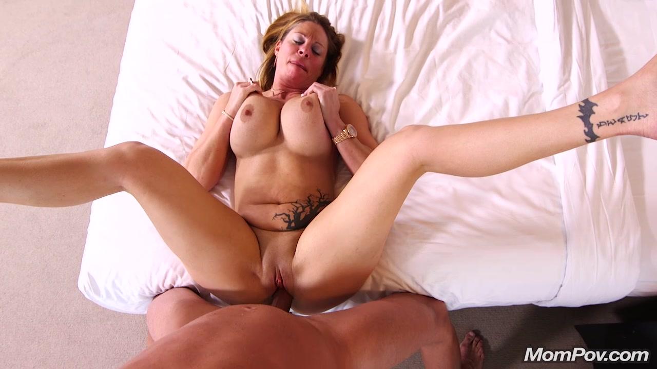 Big tit blonde milf porn