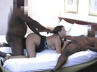 Brooke huge tits mesmerize in solo clip