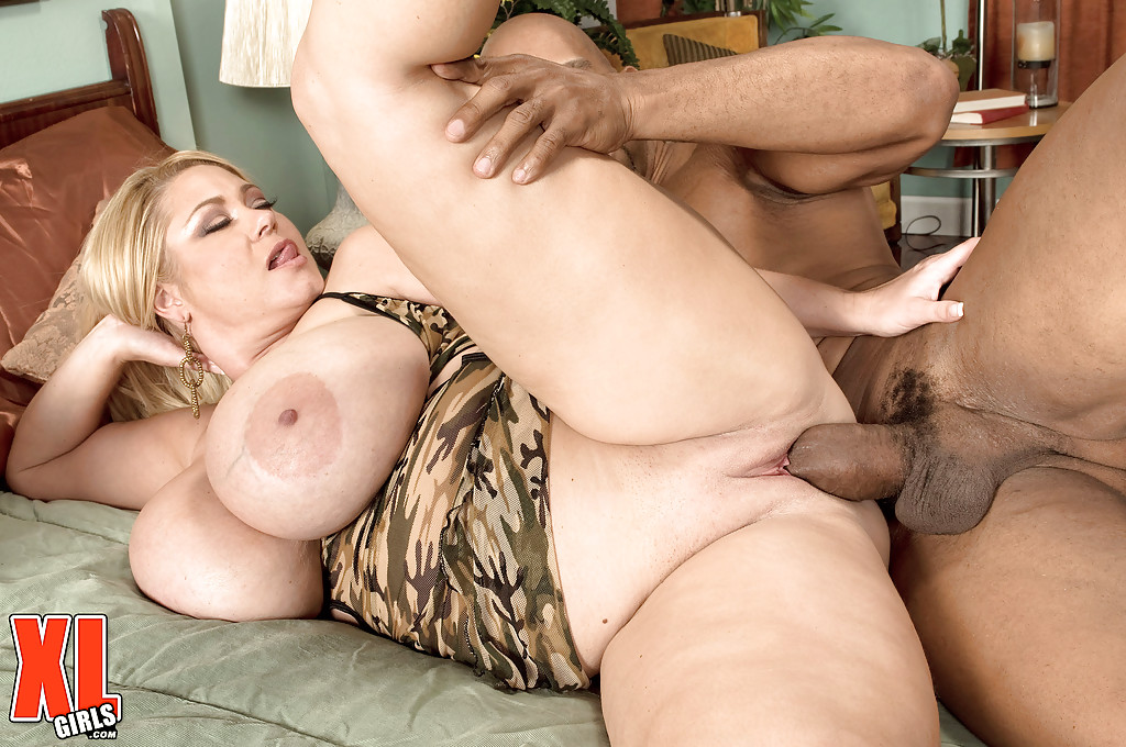 Blonde samantha taking cumshot on huge knockers