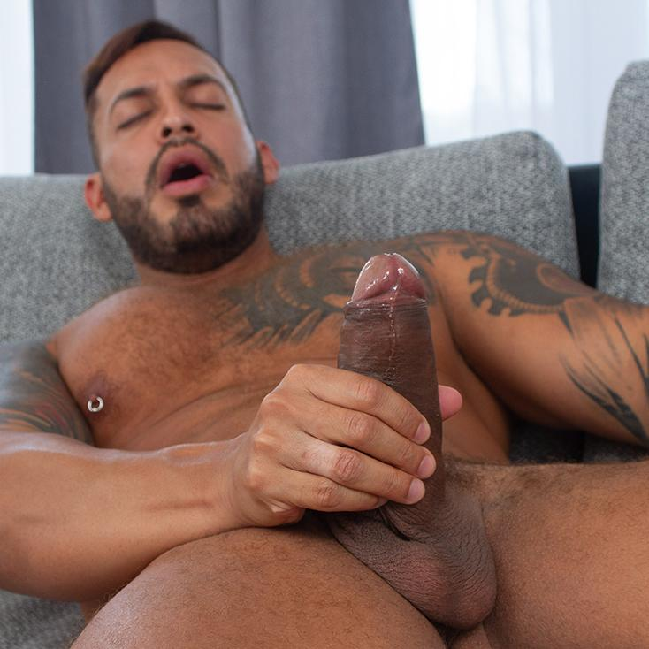 Masturbating cum mature men jacking off solo free videos