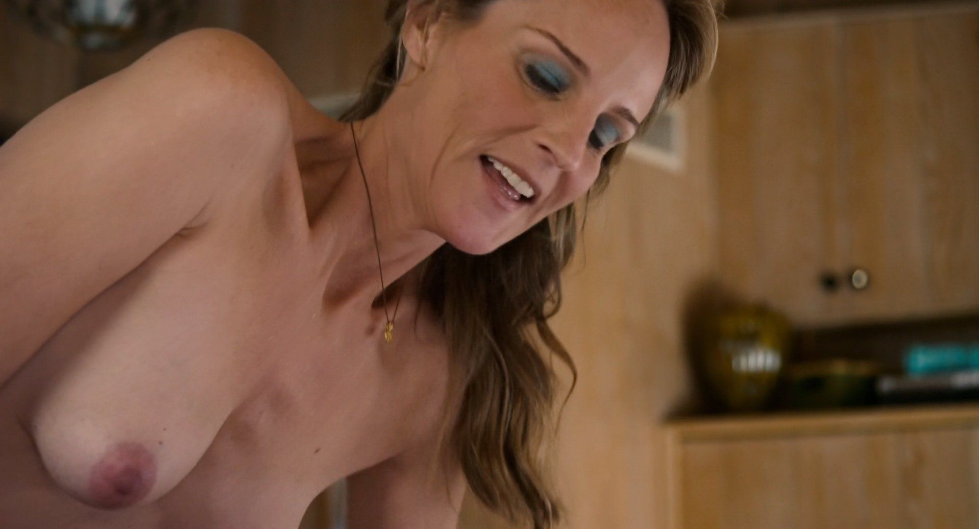 Veronica avluv squirts from her pussy and ass at trip XXX