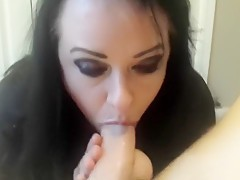 Hot goth girl enjoys a dirty threesome with double