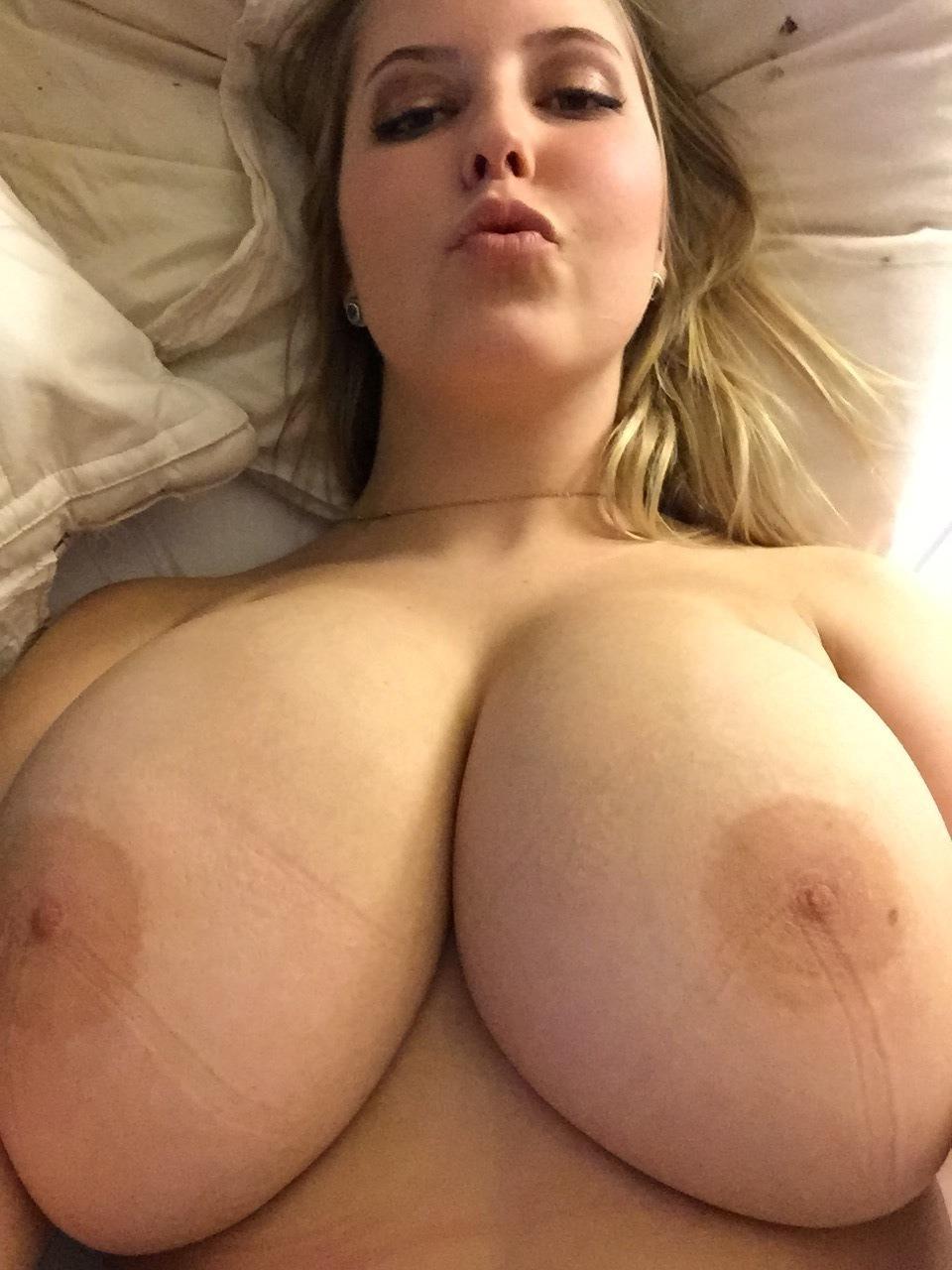The best nude body XXX