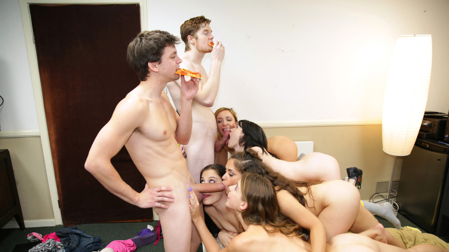 Amateur dorm party porn