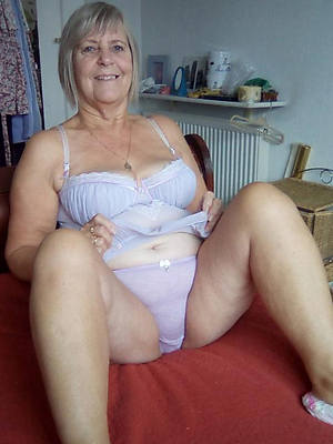 Nude old women pictures