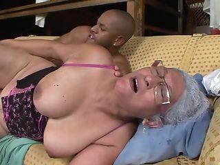 Download free mature granny rides porn video