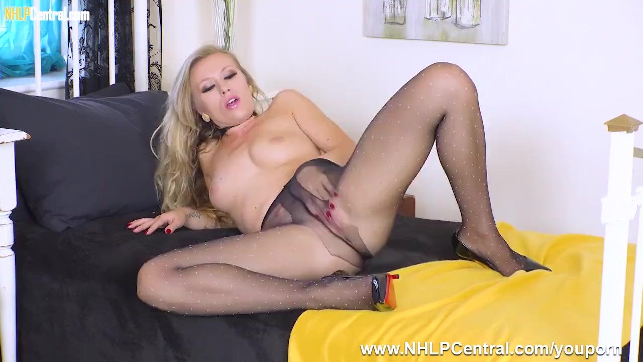 Harsh handjob from michelle moist porn tube