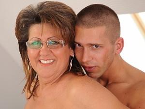 Pov blowjob from your dominant mistress tmb