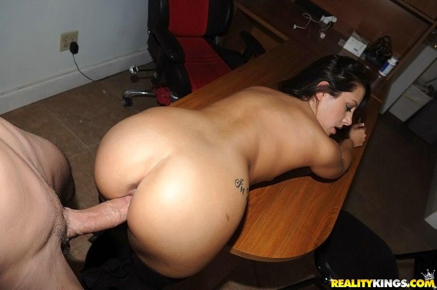 Reality nude pics blowjob amatuer
