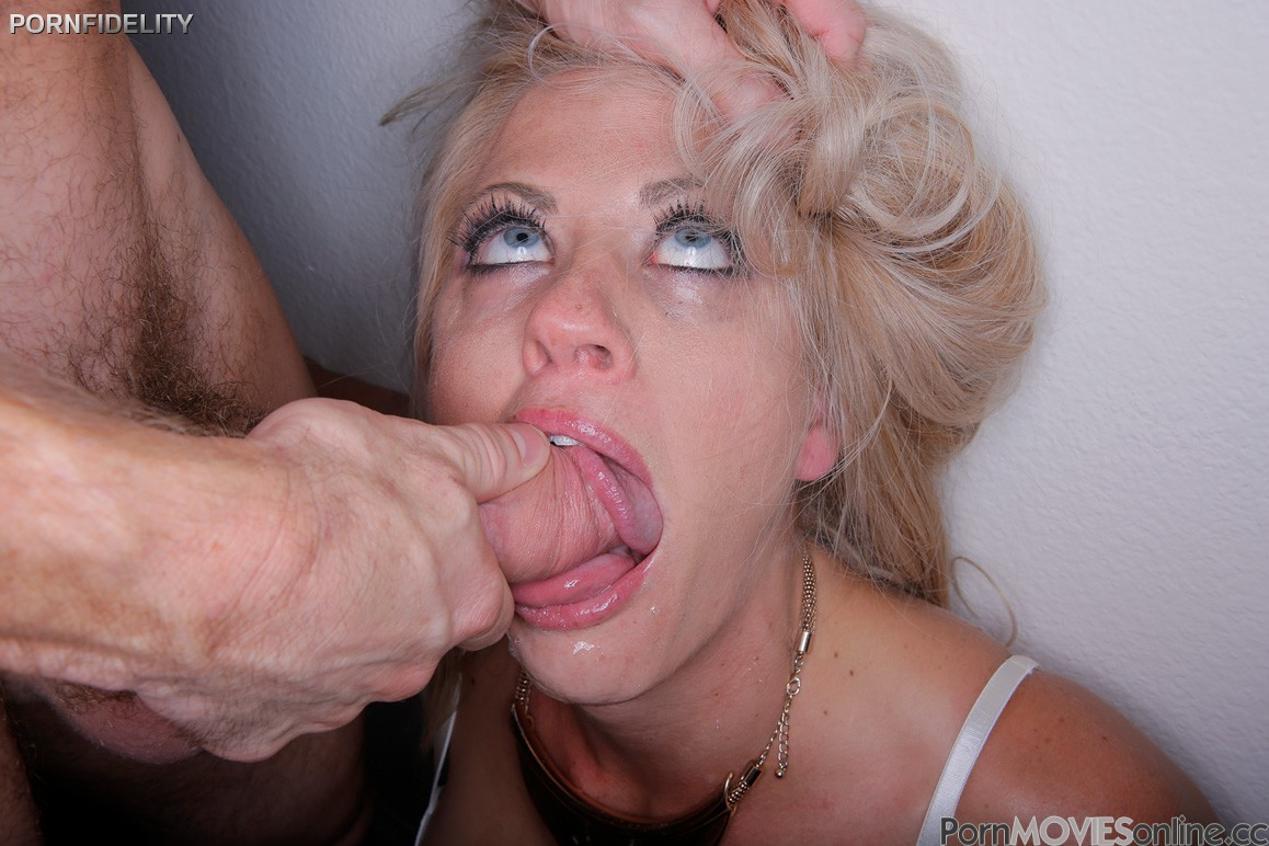 Beautiful blonde holly heart with big tits anal fucked