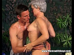 Skinny grey haired granny old pussy fucked